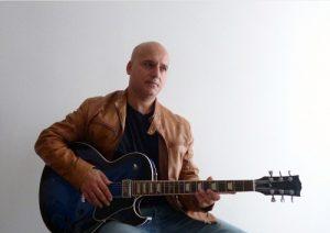♪土曜午後のロビーコンサート♪~Gio Guidoジャズ・ギターソロ